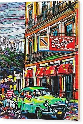 Bici Taxis And Almendrones Wood Print by Arturo Cisneros