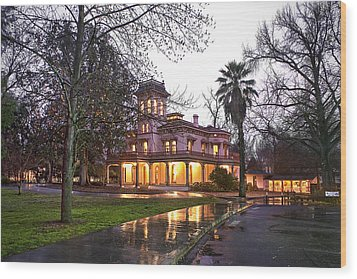 Bidwell Mansion In The Rain  Wood Print