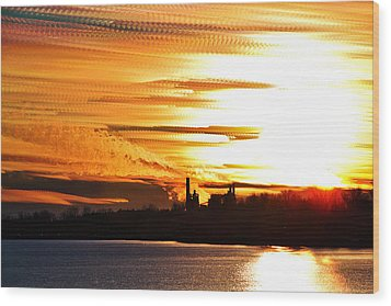 Big Ball Of Fire Wood Print by Matt Molloy