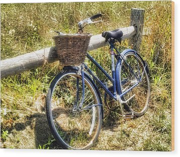 Wood Print featuring the photograph Bike At Nantucket Beach by Tammy Wetzel