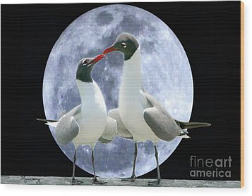 Wood Print featuring the photograph Birds Do It... by Mariarosa Rockefeller