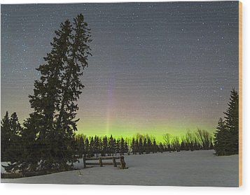 Bird's Hill Aurora One Wood Print