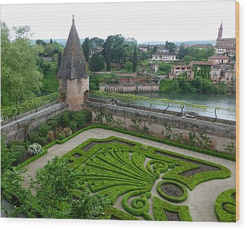 Bishop Garden In Albi France Wood Print