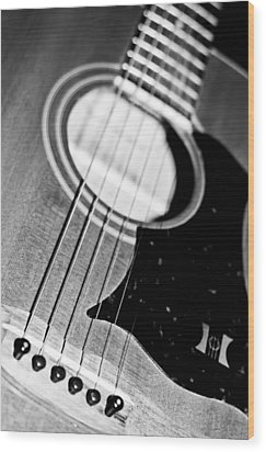 Black And White Harmony Guitar Wood Print