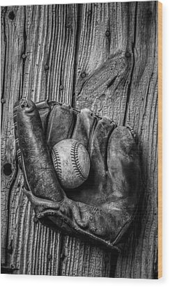 Black And White Mitt Wood Print by Garry Gay
