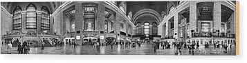 Black And White Pano Of Grand Central Station - Nyc Wood Print by David Smith
