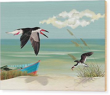 Black Skimmers Fishing Wood Print
