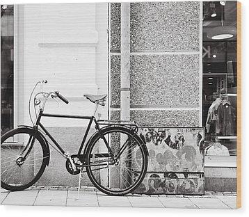 Black Vintage Bicycle Wood Print by Jimmy Karlsson