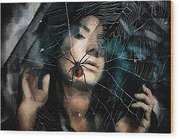 Black Widow Wood Print by Gun Legler