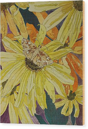Blackeyed Susans And Butterfly Wood Print by Terry Holliday