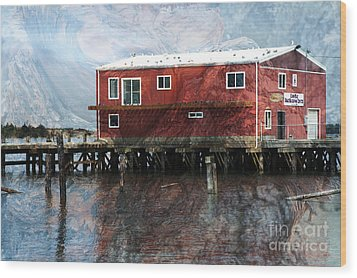 Blended Oregon Dock And Structure Wood Print by Ron Hoggard