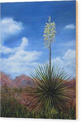 Blooming Yucca Wood Print