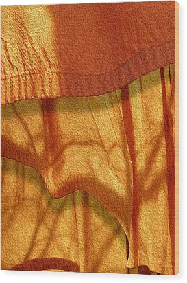 Blowing In The Wind Wood Print by Paul Wear
