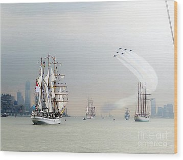 Blue Angels Over Ships N.y.c. Wood Print by Ed Weidman