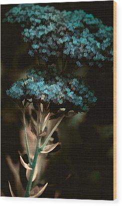 Blue Bouquet Wood Print by Bonnie Bruno