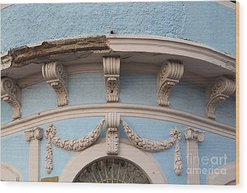 Blue Building Old Mazatlan Wood Print by Linda Queally