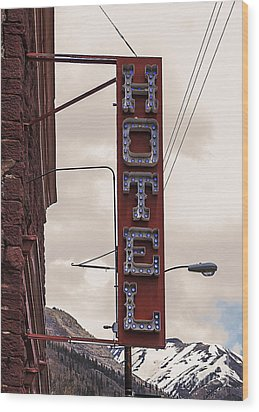Blue Bulbs Hotel Sign Wood Print by Janice Rae Pariza