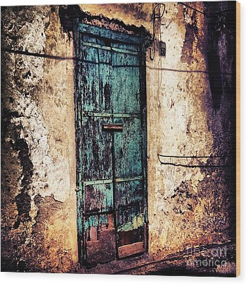 Blue Door Wood Print by H Hoffman