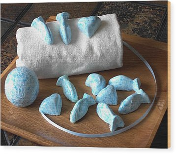 Blue Fish Bath Bombs Wood Print by Anastasiya Malakhova