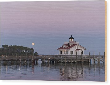 Blue Moon At Roanoke Marshes Lighthouse Wood Print by Gregg Southard
