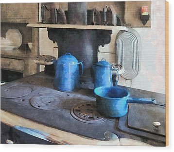 Blue Pots On Stove Wood Print by Susan Savad