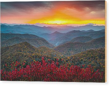 Blue Ridge Parkway Autumn Sunset Nc - Rapture Wood Print