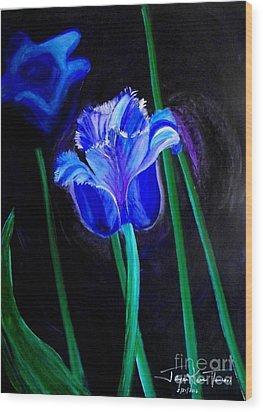 Blue Tulip Variation Wood Print