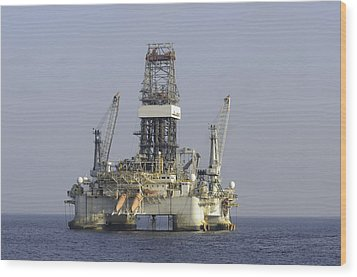 Wood Print featuring the photograph Blue Water Oil Rig by Bradford Martin
