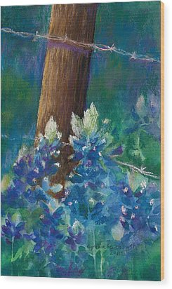 Bluebonnets At The Fencepost Wood Print