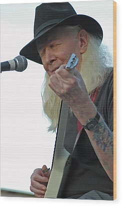 Bluesman Johnny Winter Wood Print by Mike Martin