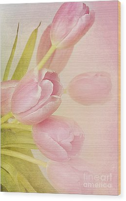 Blushing Beauties Wood Print by A New Focus Photography