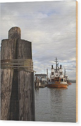 View From The Pilings Wood Print by Suzy Piatt