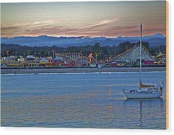 Boat At Dusk Santa Cruz Boardwalk Wood Print