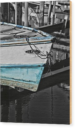 Boat Bow In Black White And Blue Wood Print by Lynn Jordan