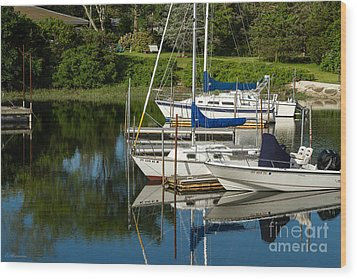 Boat Reflections In Cape Cod Hen Cove Wood Print by Eleanor Abramson