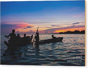 Boat Silhouettes Angkor Cambodia Wood Print by Fototrav Print