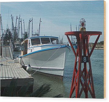 Boat With Light Buoy By Jan Marvin Wood Print