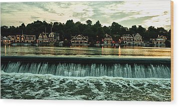 Boathouse Row And Fairmount Dam Wood Print by Bill Cannon