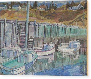 Boats At Halls Harbour Wood Print by Janet Ashworth