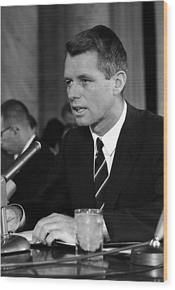 Bobby Kennedy Speaking Before The Senate Wood Print by War Is Hell Store
