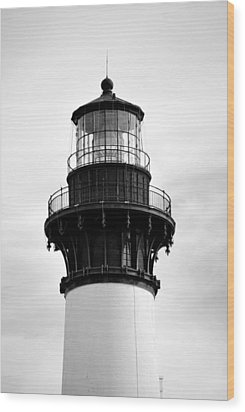 Wood Print featuring the photograph Bodie Lighthouse Lens In Black And White by Bob Sample