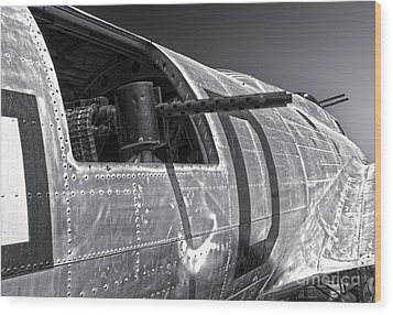 Boeing Flying Fortress B-17g  -  07 Wood Print by Gregory Dyer