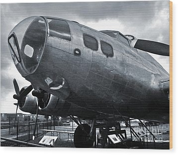Boeing Flying Fortress B-17g  -  02 Wood Print by Gregory Dyer