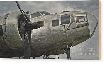 Boeing Flying Fortress B-17g  -  04 Wood Print by Gregory Dyer