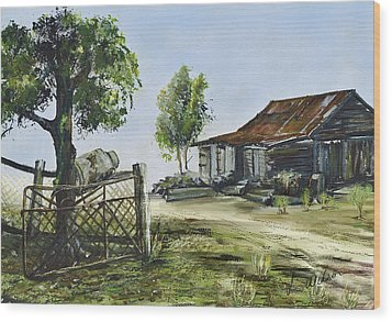 Bollier Shed And Gate Wood Print by Lynne Wilson