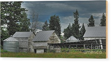 Bonners Ferry Farm Wood Print