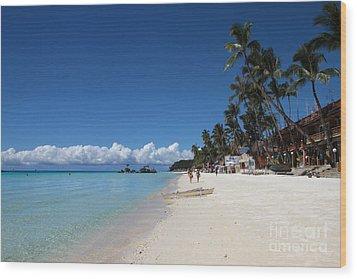 Boracay Beach Wood Print