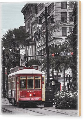 Wood Print featuring the photograph Bourbon And Canal Trolley Cropped by Tammy Wetzel