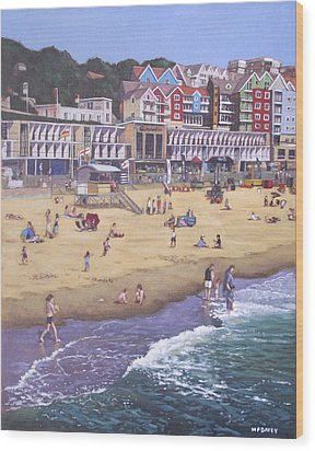 Bournemouth Boscombe Beach Sea Front Wood Print by Martin Davey