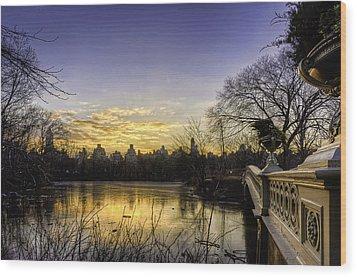 Bow Bridge Sunrise Wood Print